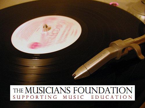 mf-record-logo1
