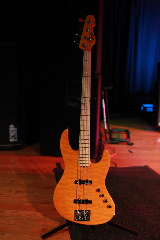 The Prize, a spectacular ESP bass